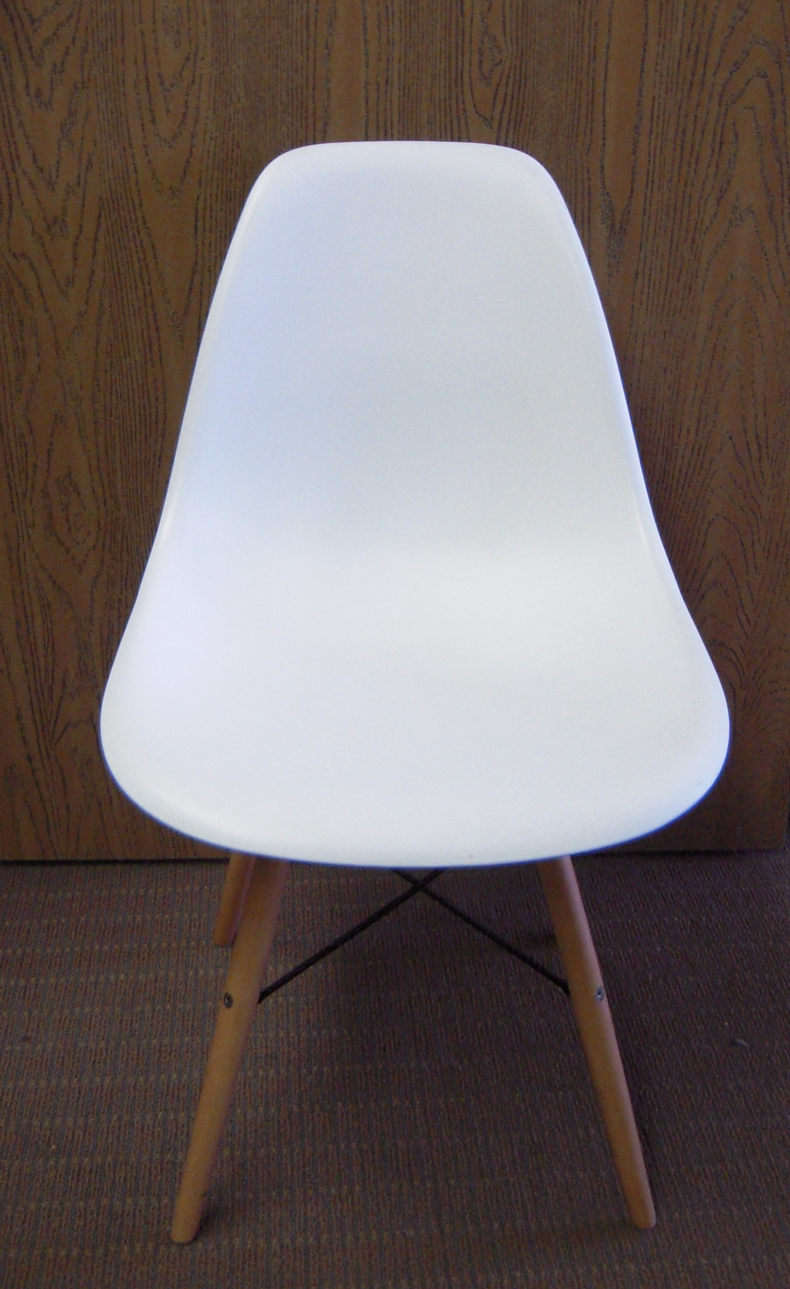 Herman Miller Eames Style Chair